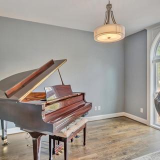 Pianoroom_Lockhart.jpg