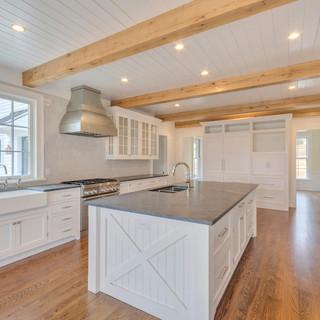 10a_kitchen.jpg