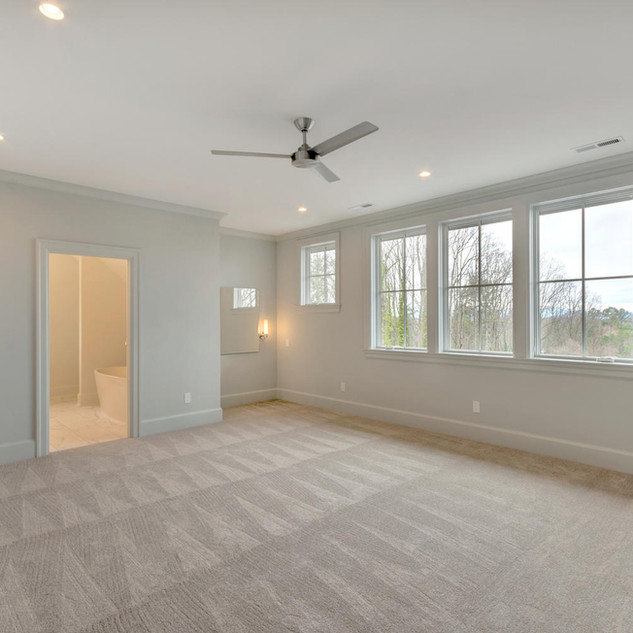 111 Falcon Dr Charlottesville-large-030-