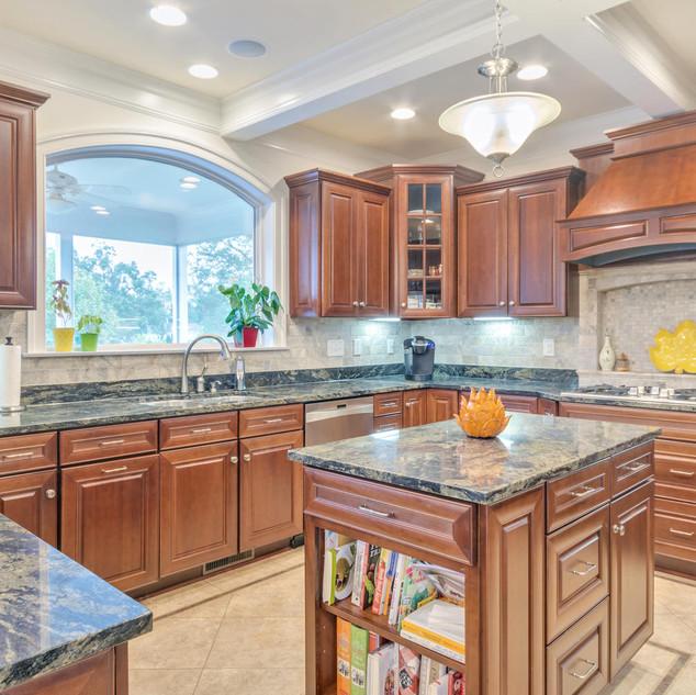Kitchen2_Bourque.jpg