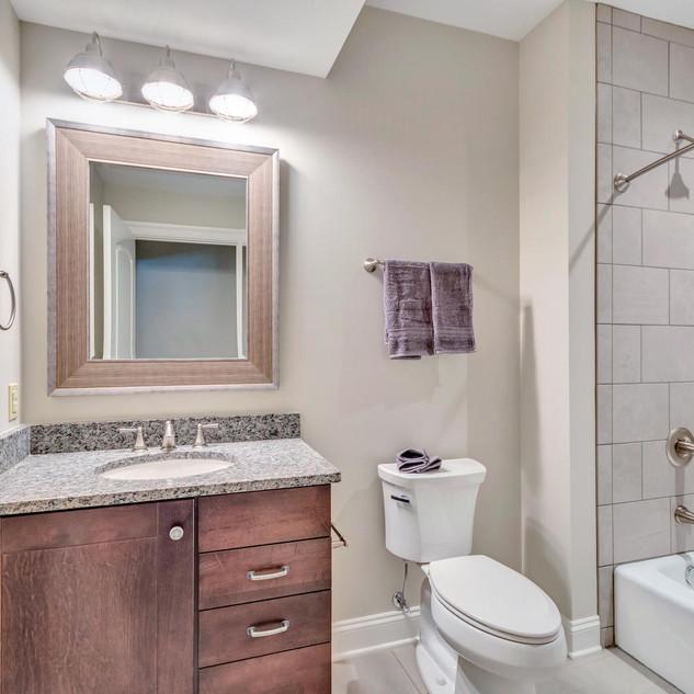 Bathroom9_Richardson.jpg
