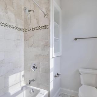Bathroom1_Anderson.jpg