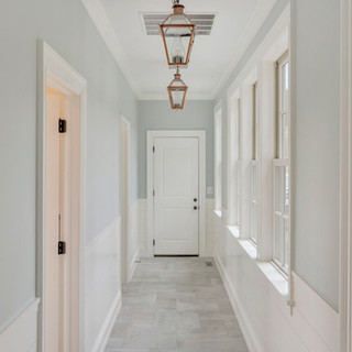 17_hallway.jpg