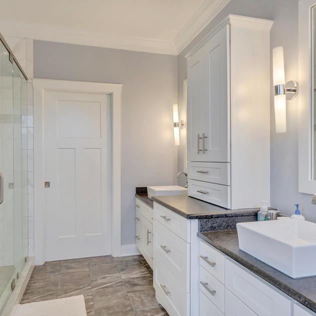 Bathroom5_Kopf.jpg
