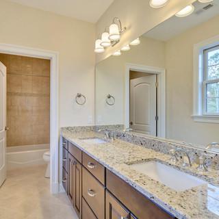 Bathroom4_Anderson.jpg