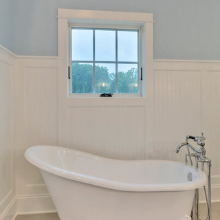Bathroom5_Hunt.JPG