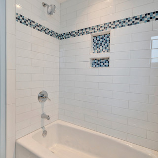 Bathroom8_Hunt.JPG