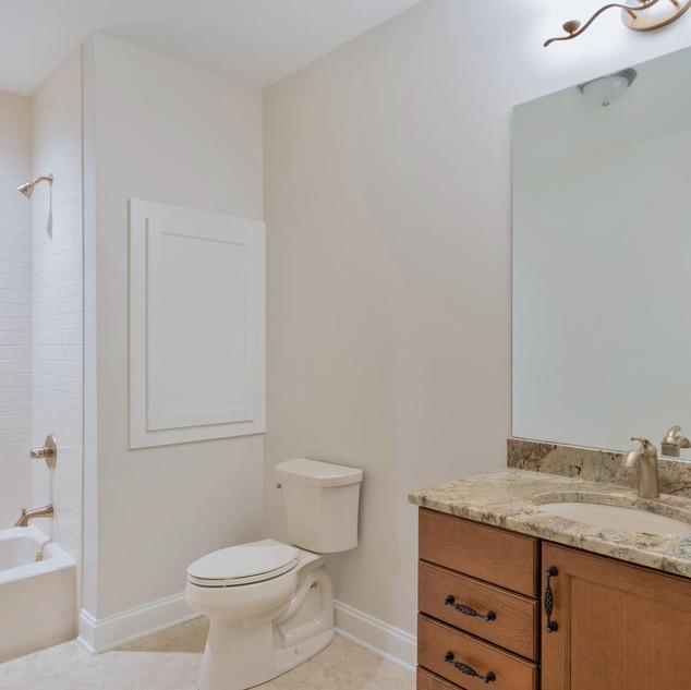 Bathroom9_McCrickard.jpg