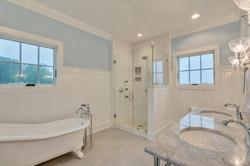 Bathroom1_Hunt