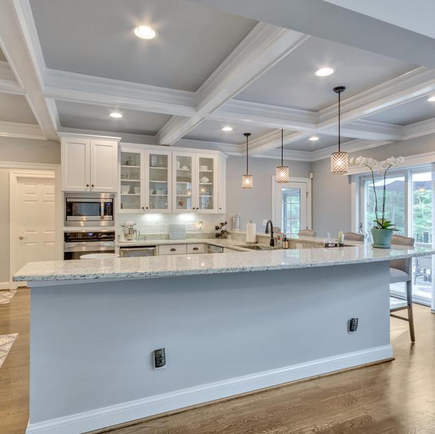 Kitchen1_Lockhart.jpg