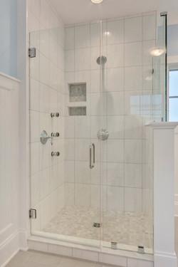 Bathroom_Detail_Hunt