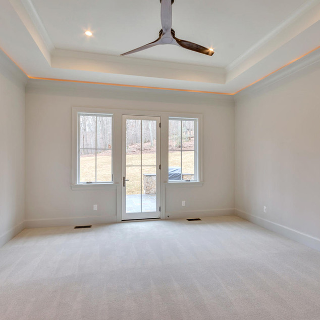 111 Falcon Dr Charlottesville-large-023-
