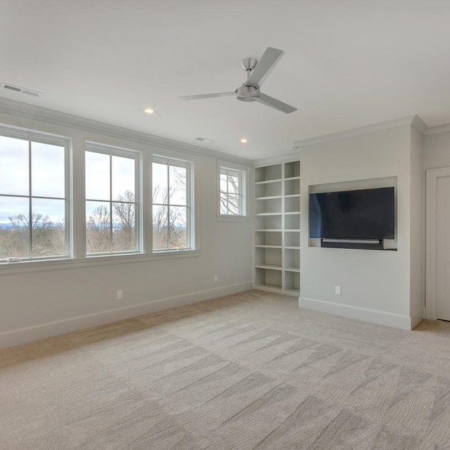 111 Falcon Dr Charlottesville-large-031-