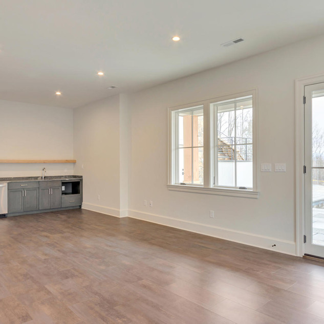 111 Falcon Dr Charlottesville-large-047-