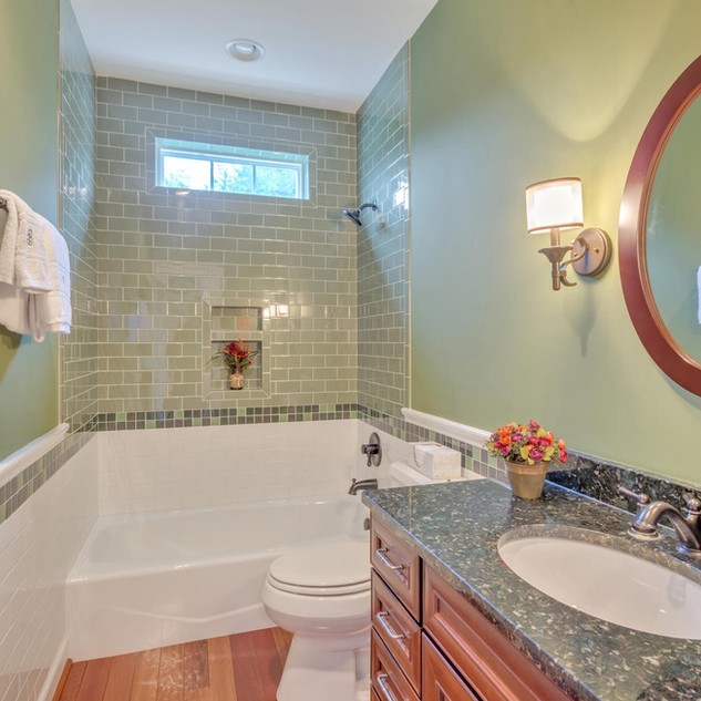 Bathroom1_Bourque.jpg