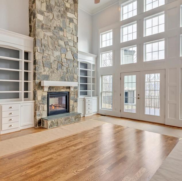 Livingroom_Fireplace_Steed.jpg