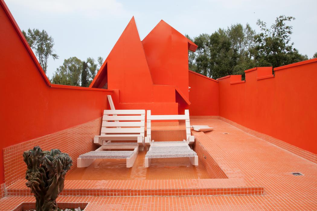 orange tanning area.png