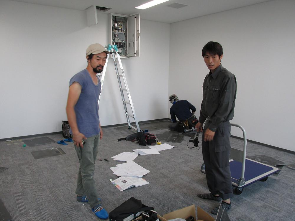 写真左が、星居社代表高田英明さん