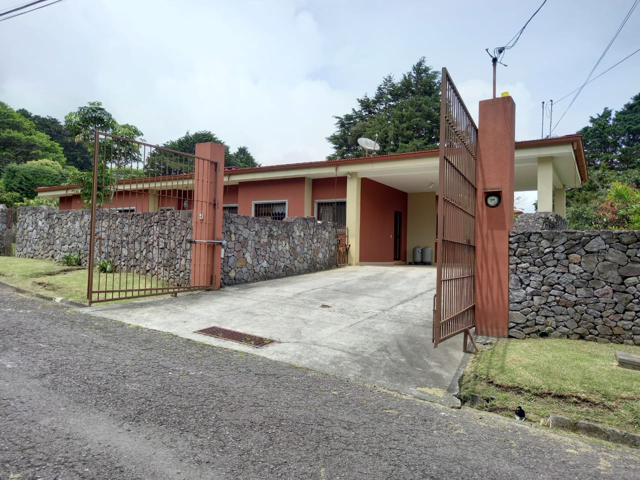 HEREDIA SAN RAFAEL VENDO CASA $380.000