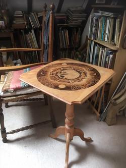 Pyrograph Table