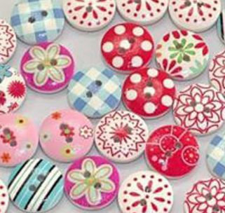 WOODEN BUTTONS 15MM - FLOWERS &THINGS - 20 PACK