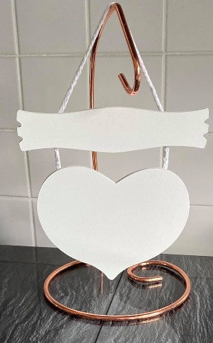 WHITE WOOD HANGING HEART PLAQUES/SIGNS