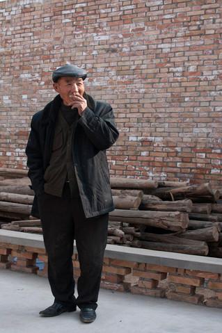 4 - smoker.jpg
