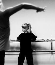 Kristin Damrow by Austin Tovar_edited.jp