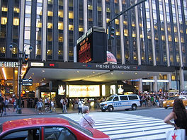 1024px-Penn_Station_NYC_main_entrance.jp