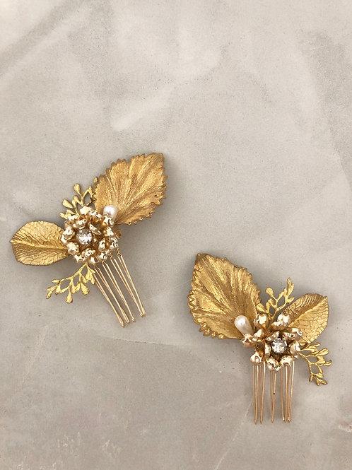 23 Gold flower mini hair comb set