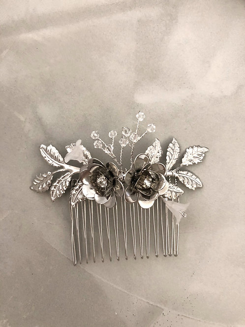 63 Silver Medium hair comb