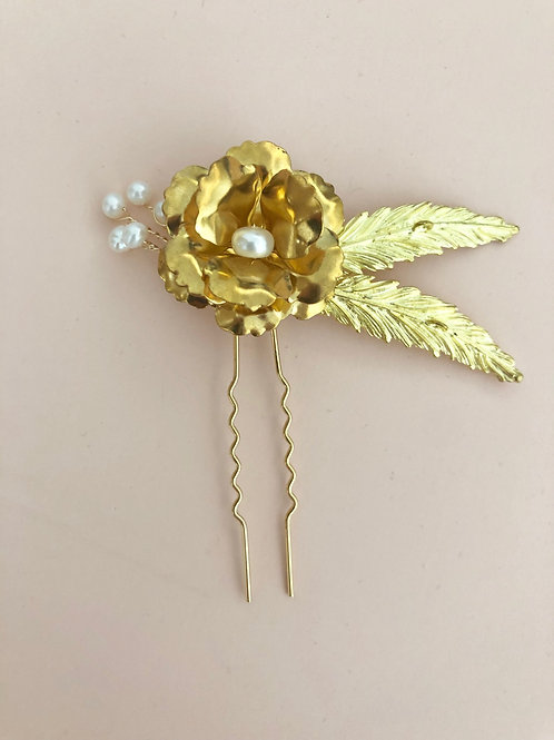 66 Danette Small hair pin