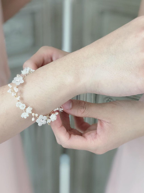 Baby Breath bracelet