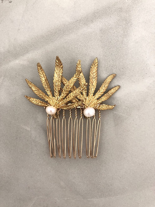 42 Gold palm leaves hair comb