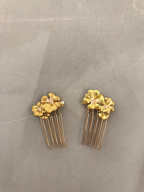 84 Gold floral mini hair comb