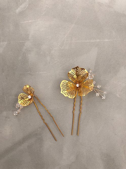 43 Poppy hair pin (Swarovski)