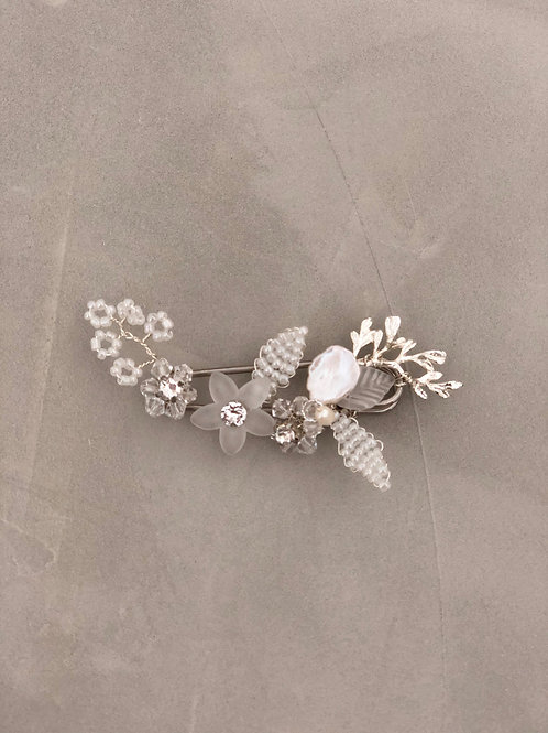 01 Grace brooch