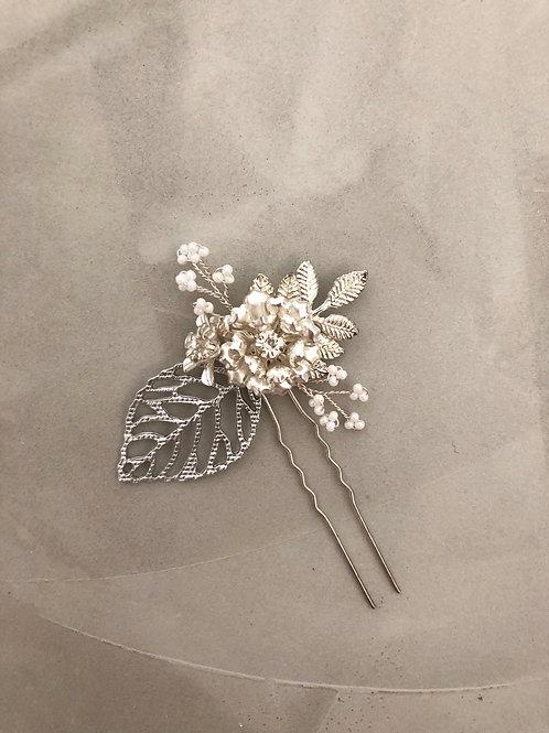 55 Silver hair pin
