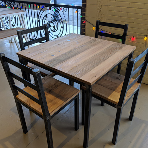 4-Top Table & Chairs