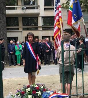 Hommage émouvant et recueillement pour les victimes du 11 septembre 2001