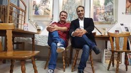 Ahmad Karno und Ibrahim Doudieh vor Ihre