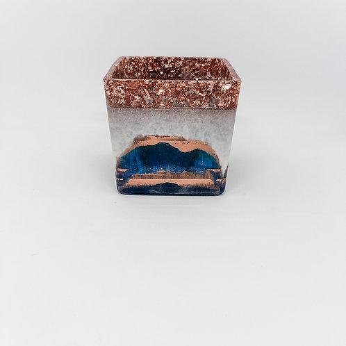476 - 8cm Square Resin Potter