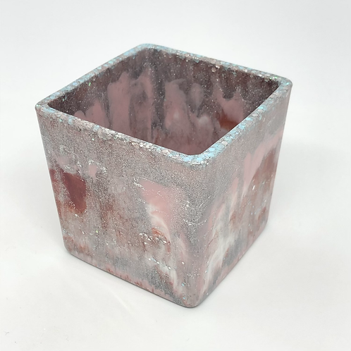 481 - 8cm Square Resin Potter