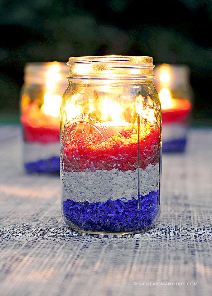 diy-red-white-blue-centerpiece-14.jpg