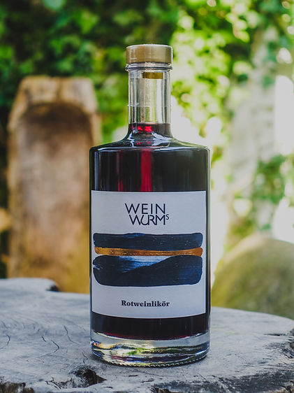 Rotweinlikör, Weinwurm