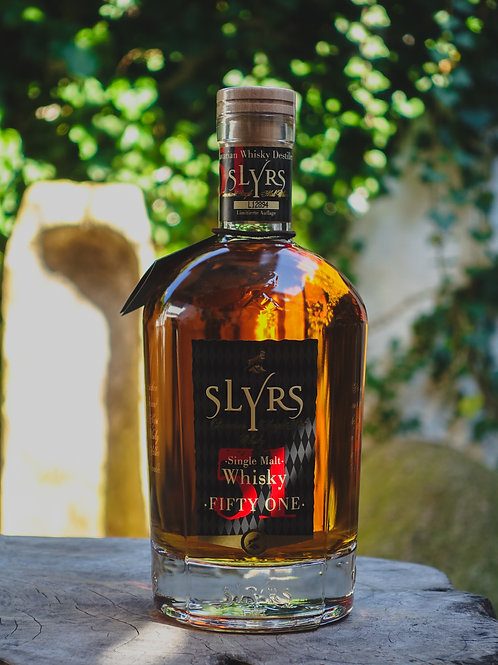 Slyrs Whisky Fifty One , Bayern