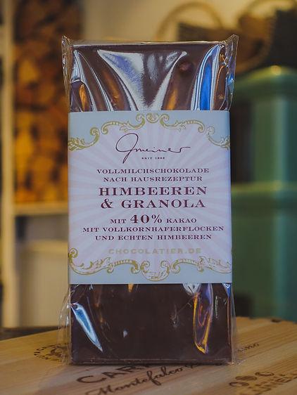 Himbeeren & Granola Schokolade, Confiserie Gmeiner