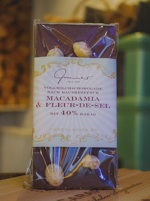 Macadamia Fleur de Sel Zartbitter Schokolade, Confiserie Gmeiner