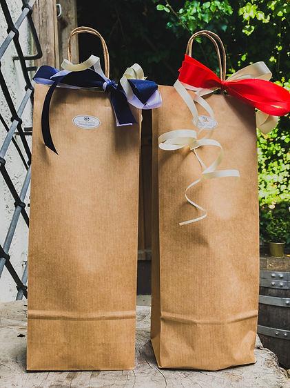 Flaschentüte mit Geschenkband Schleife / pro Flasche