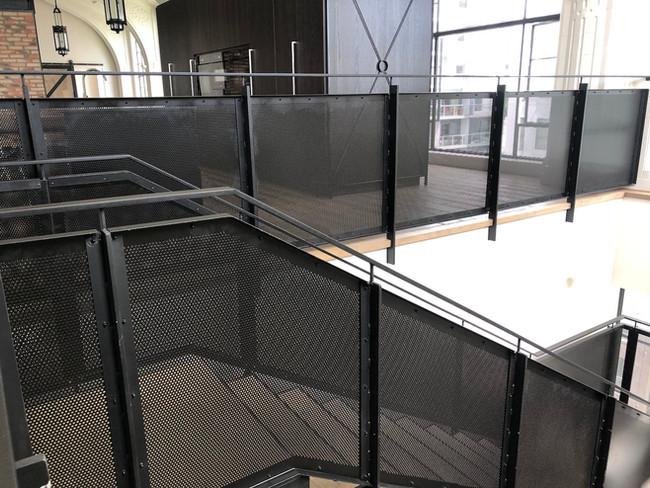 Main Stairs 5.jpg